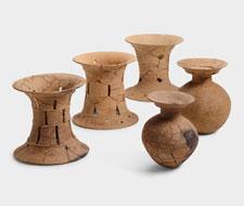 妙見山古墳で出土した特殊器台と二重口縁壺