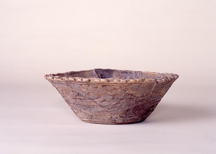 縄文土器(浅鉢)