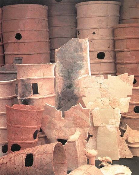 茶山遺跡から出土した様々な埴輪